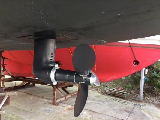 Beim Saildrive gibt es zwei Anoden: eine zum Schutz des Getriebes und eine für den Propeller