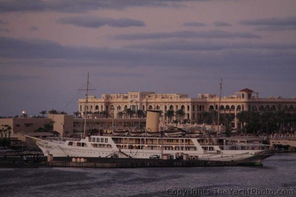 Die Nummer 7 «El Horriya» ist ein Schwesterschiff der englischen 'Victoria & Albert' Baujahr 1865 und wird heute von der ägyptischen Marine betreut