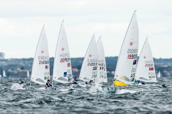 Segel- und Motorboote für Wassersportler